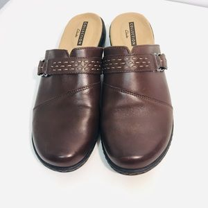 Clark's loafers/Clogs size 7.5 Women's WORN ONCE